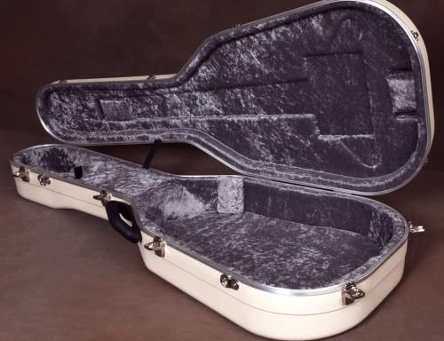 hiscox case interior